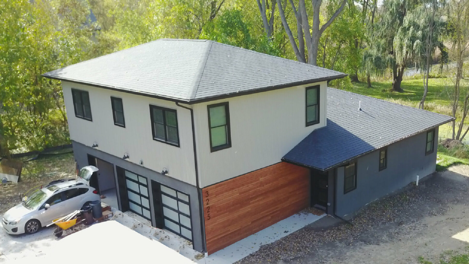 New_Construction_Contemporary_Contemporary_Fenton
