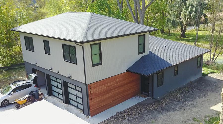 2017 New Construction – Contemporary Home